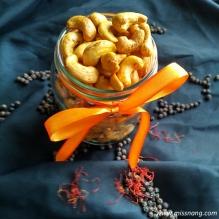 Vegan snack - SafPrika whole jar